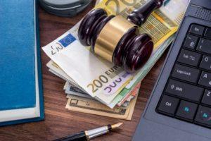 Блокировка расчётного счёта налоговой: выход из сложной ситуации