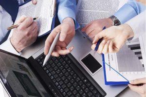 Обязательно ли субъекту хозяйствования вставать на учет в ФСС и ПФР