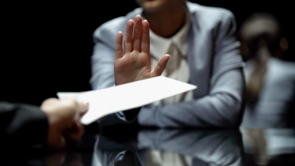 Как принять к вычету НДС, предъявленный поставщиком при перечислении аванса (частичной оплаты)